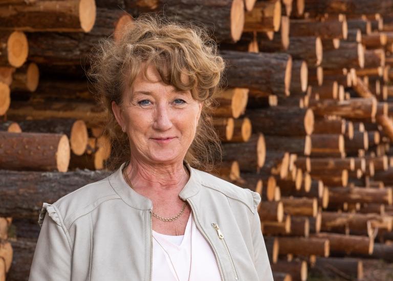 Porträttbild på Mervi Forsberg