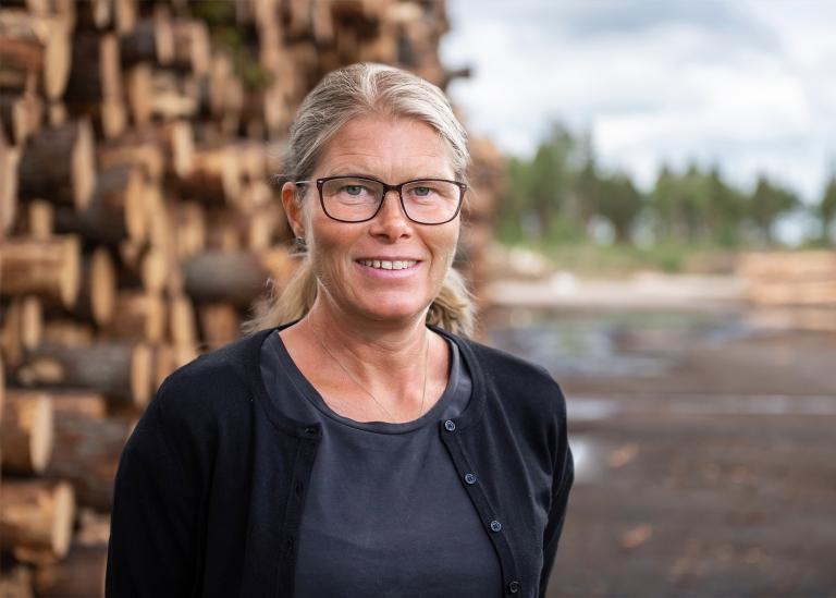 Porträttbild på Annika Ottosson