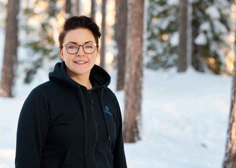 Porträttbild på Elin Olovsson