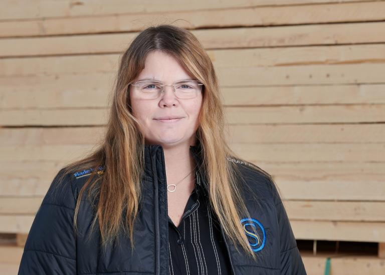 Porträttbild på Camilla Johansson