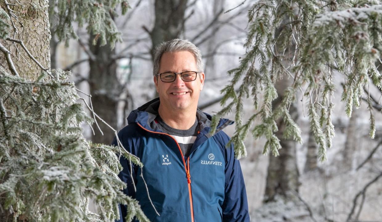Porträttbild på Thomas Wikström